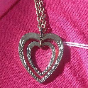 Dual heart mobile pendant